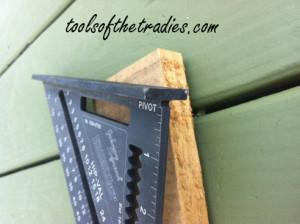 Johnson EZ Read Square Tools of the Tradies  3